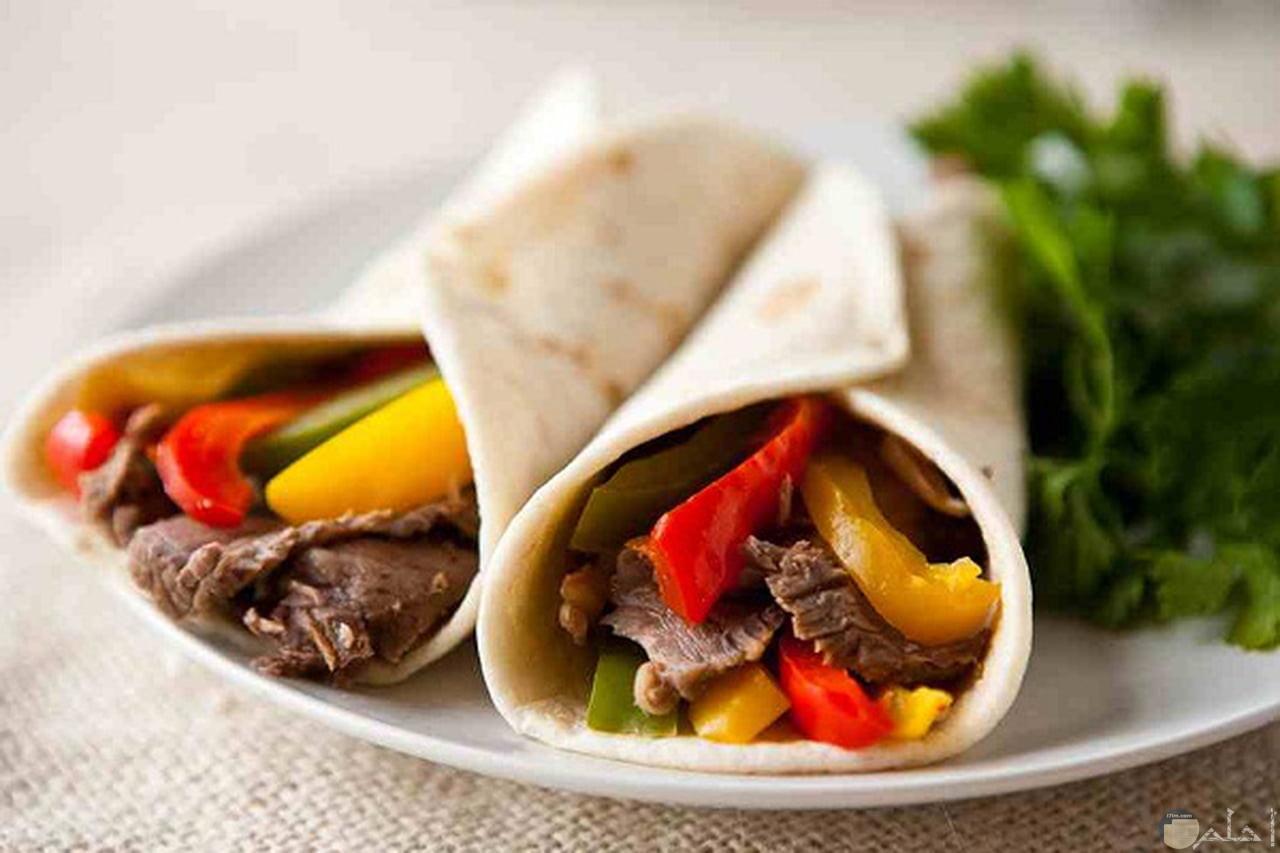 شاورما اللحم اللذيذة