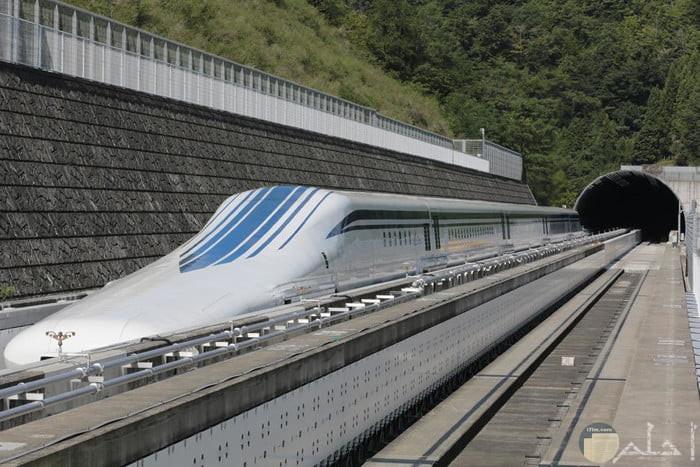 صورة قطار ياباني SCMaglev L0