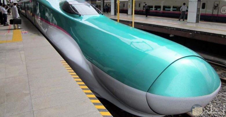 قطار ألفا أكس الياباني
