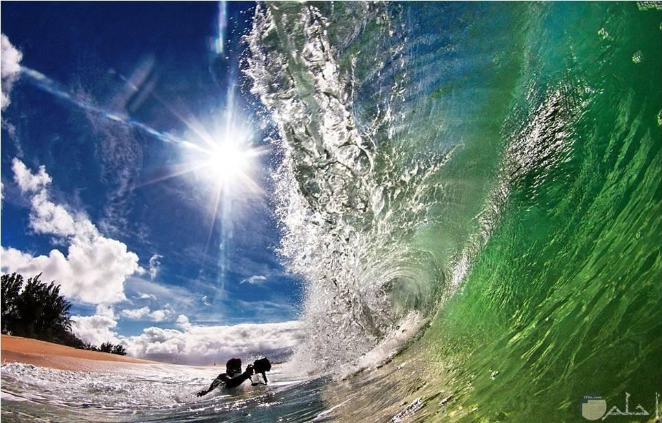 من أروع صور موج البحر مع الشروق