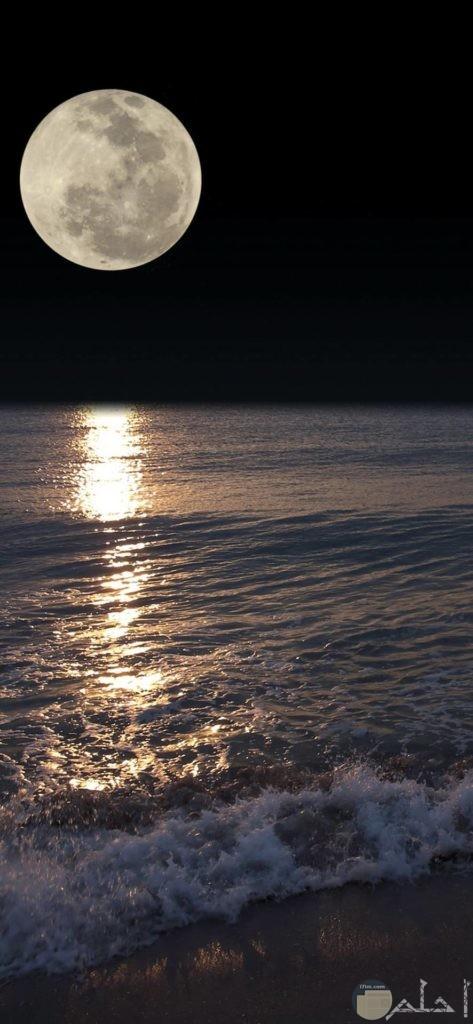 صور القمر تحفة