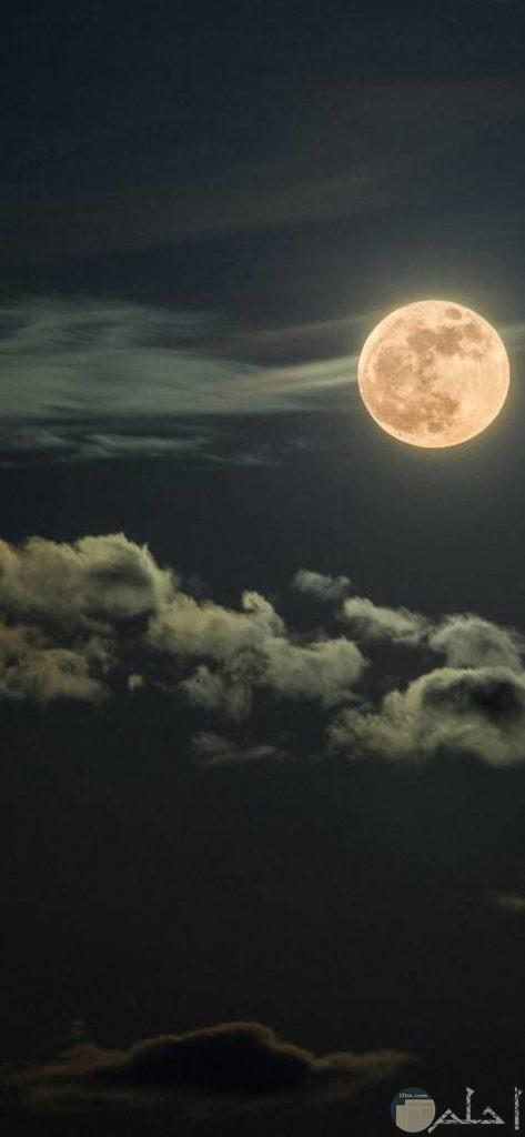 صور خرافية للقمر