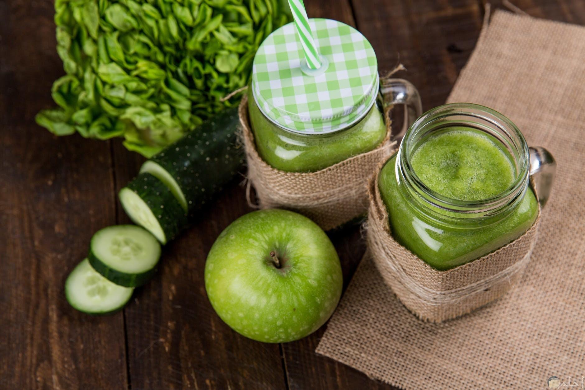 الخيار وفوائده مع التفاح الاخضر