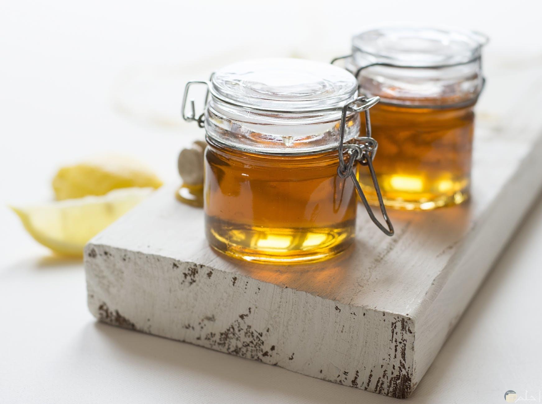 العسل الابيض النقي