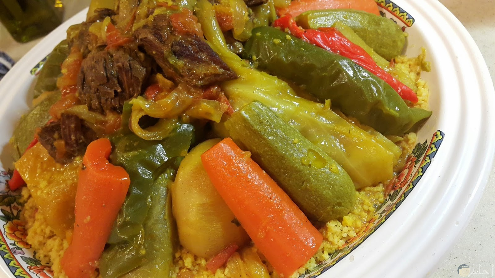 اللحم بالخضروات والكسكسي