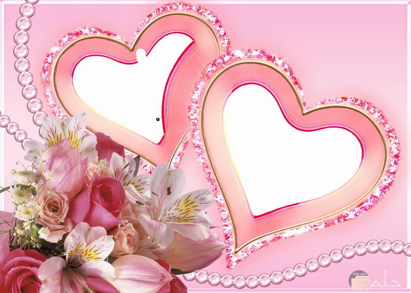 برواز زهور ورديه مع قلوب