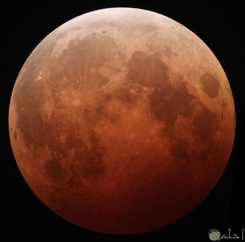 خسوف القمر الدموي