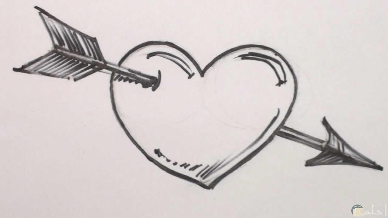 رسم رومانسية عن القلب تعبر عن الحب