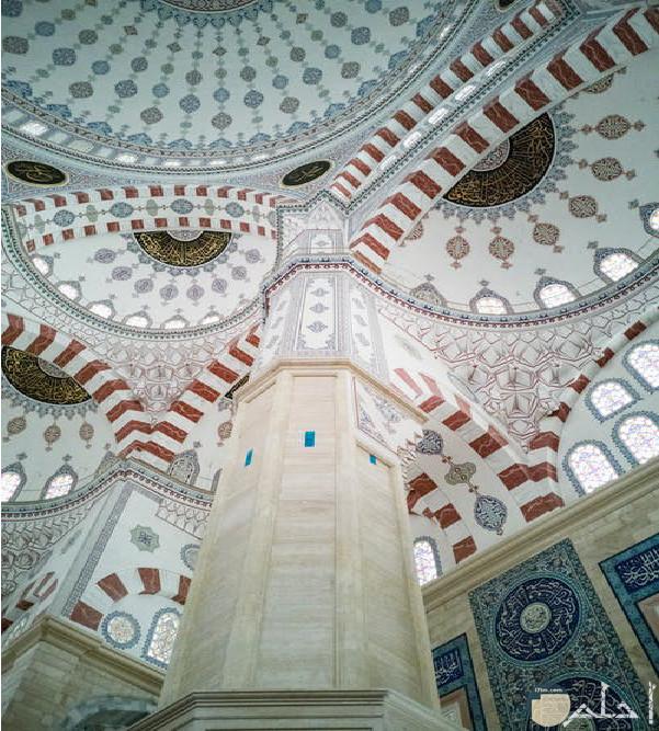 صورة لمسجد يمكن ان يدون عليها عبارت دينية
