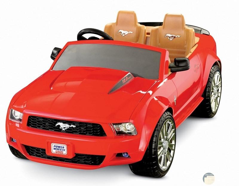 سيارة اولاد بلون احمر