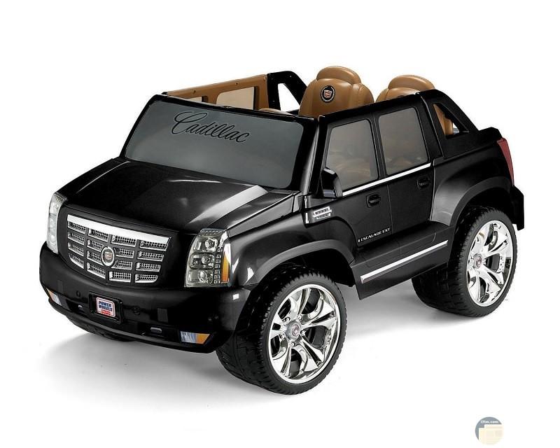 سيارة اولاد سوداء كاديلاك