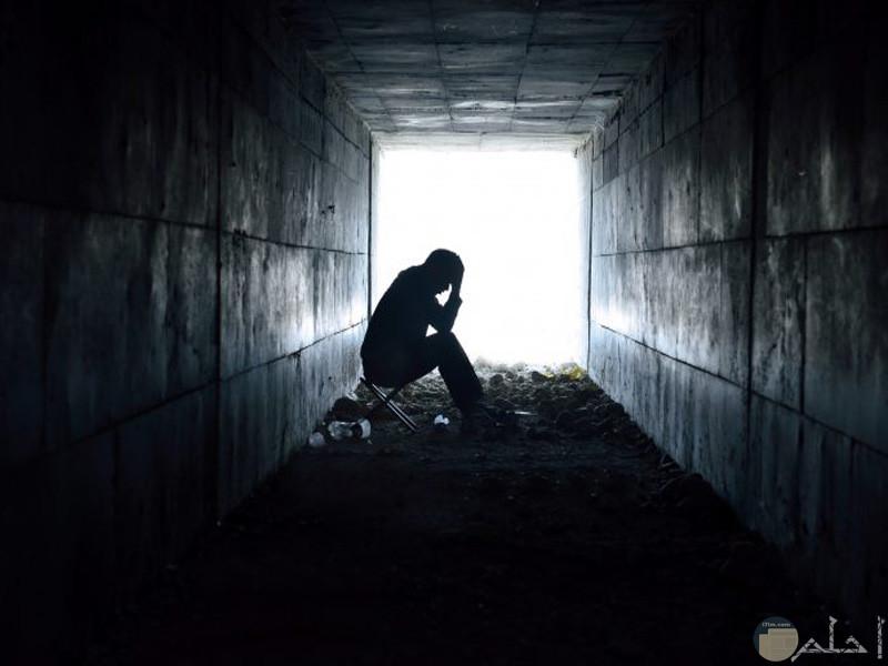 صور لشاب حزين