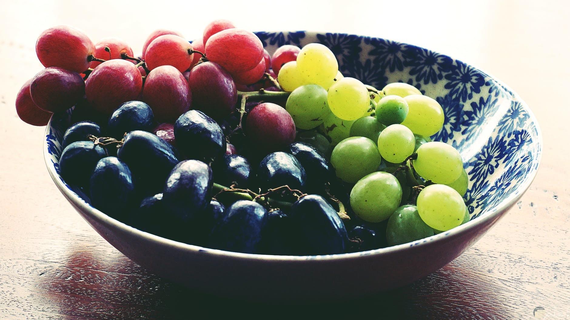 فوائد طبق العنب لجسم الانسان