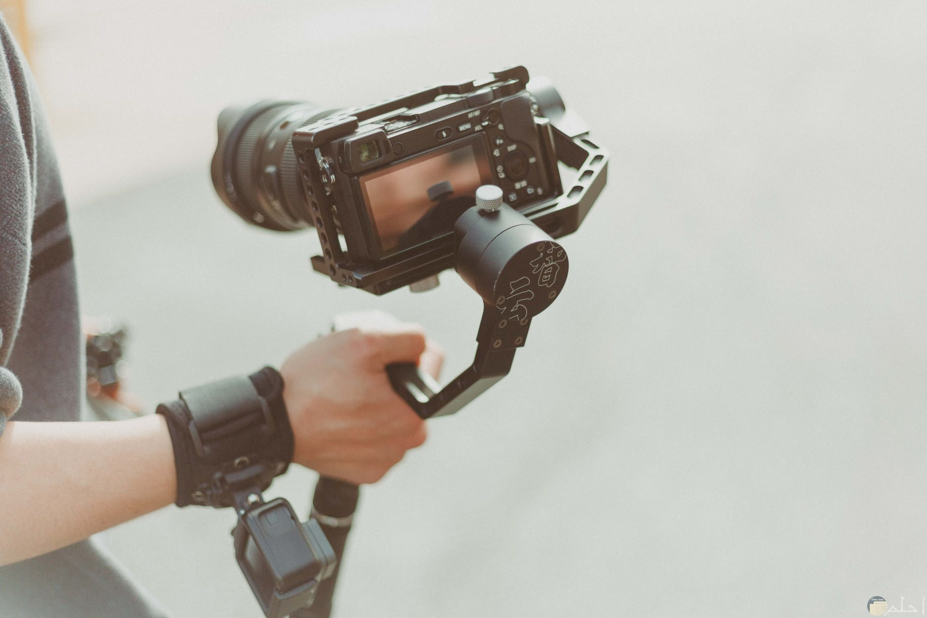كاميرا ديجيتال حديثة