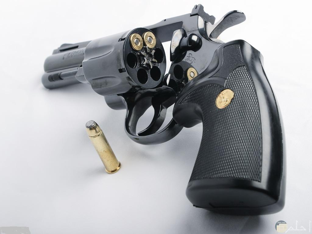 مسدسات متطورة