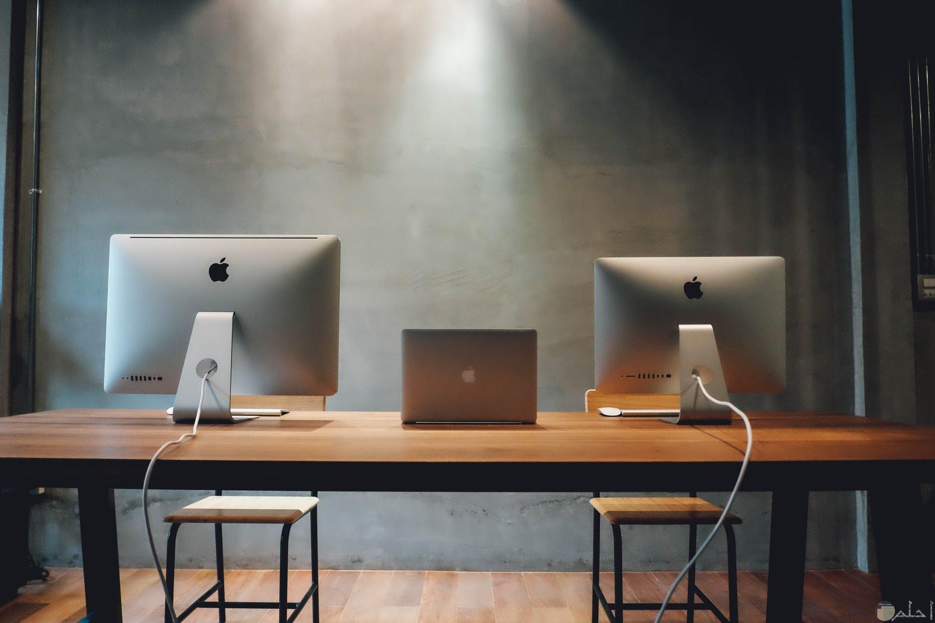 مكتب مزدوج غاية في الجمال