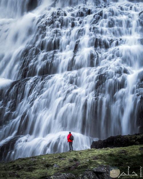 مناظر طبيعية للشلالات الرائعة