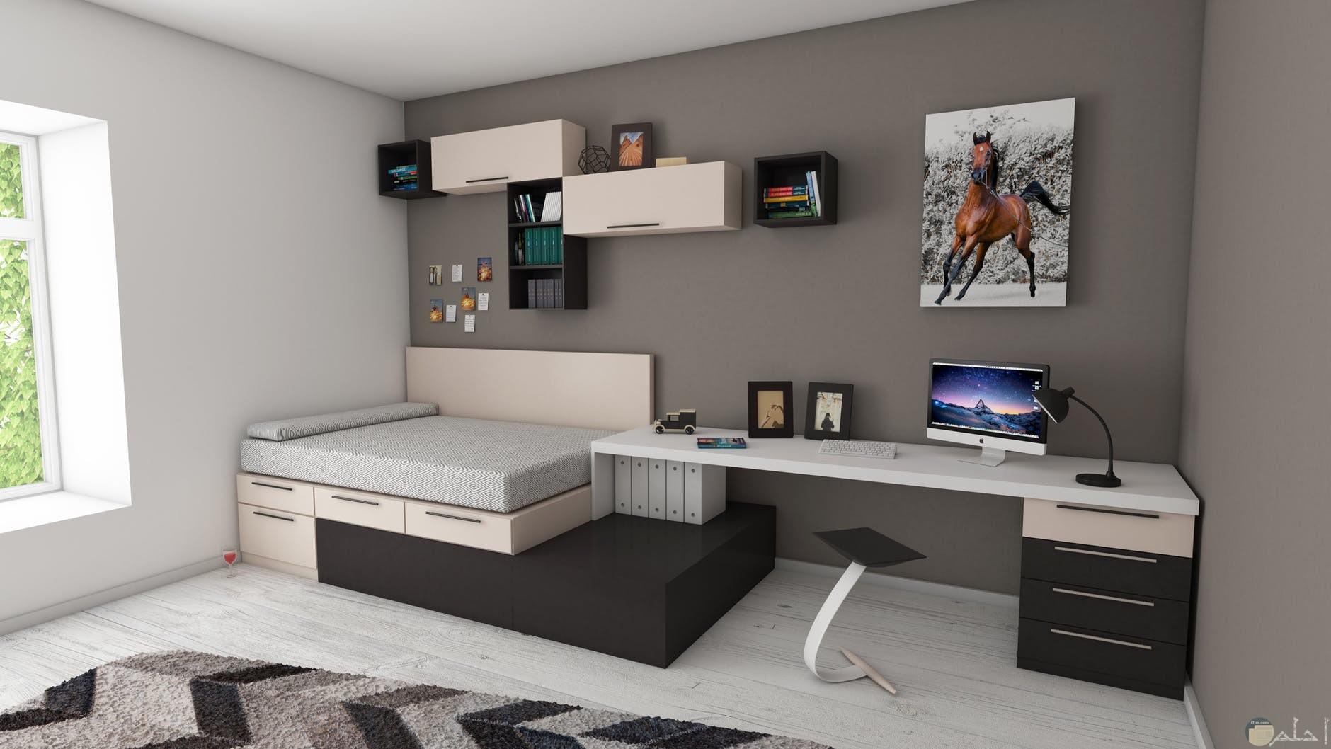 صورة مكتب كلاسك بجور سرير صغير