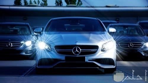 صورة لسيارة رائعة