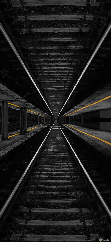 صور عميقة تظهر مق السكة الحديدية