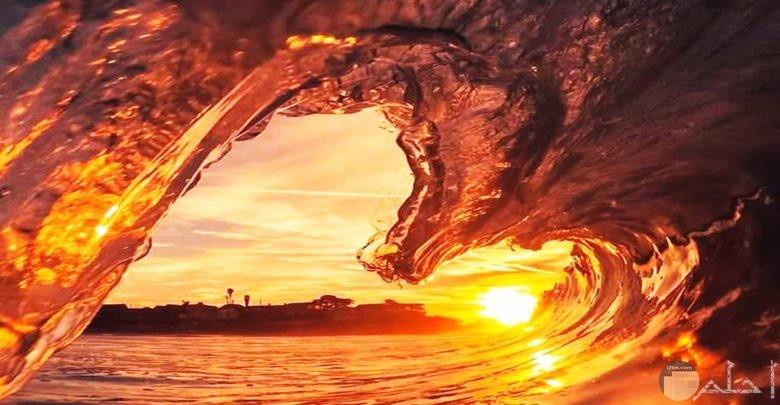صور قلب مميزة وجميلة تشكلها أمواج البحر في شكل رومانسي