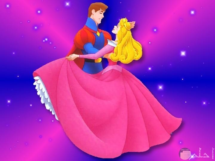 رقصة سندريلا الشهيرة مع الأمير