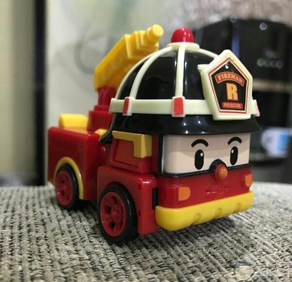 صورة جميلة لسيارة إطفاء لعبة حلوة جدا