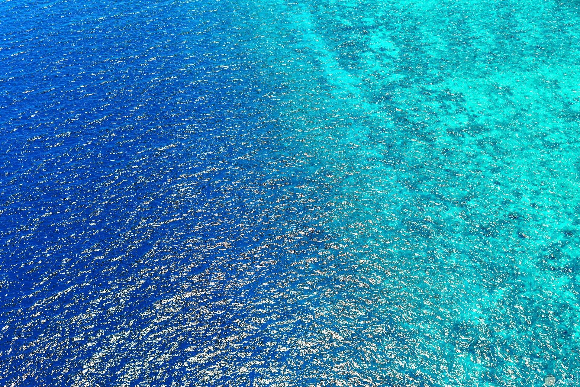 صورة حلوة جدا للفيس بوك لبحر صافي ويعطي شعور بالإسترخاء