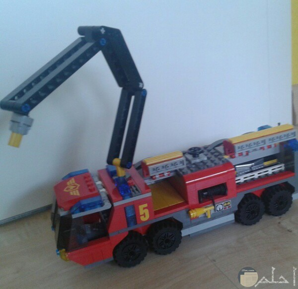 صورة حلوة لسيارة إطفاء لعبة جميلة جدا