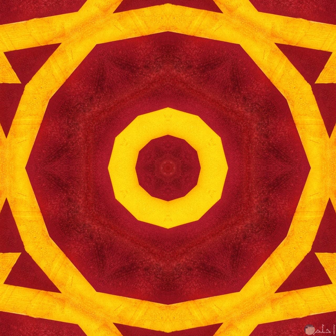 صورة رسمة غريبة وحلوة لدوائر باللون الأحمر والأصفر معا