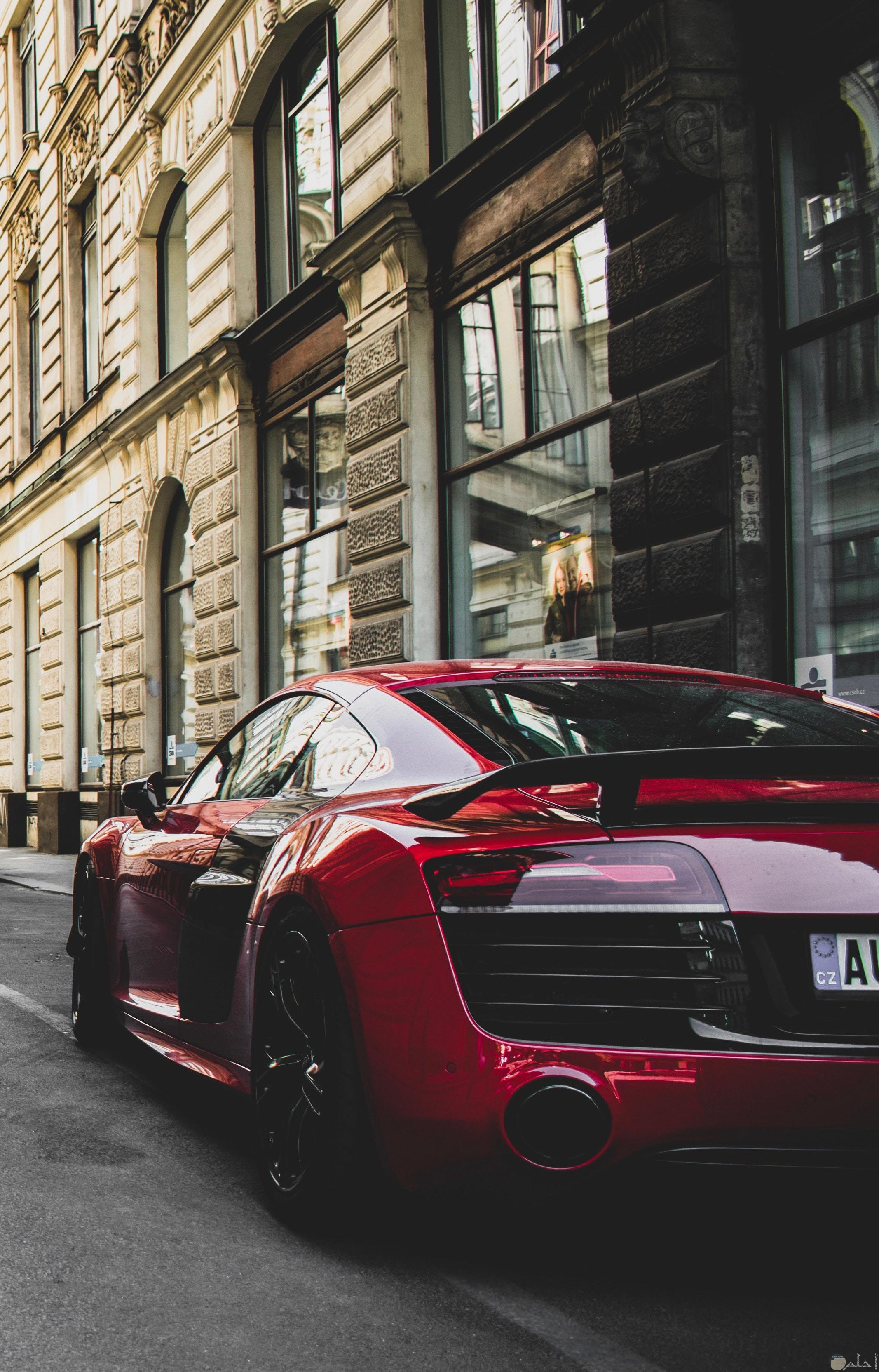صورة مميزة لسيارة أودي حمراء فخمة وجميلة جدا