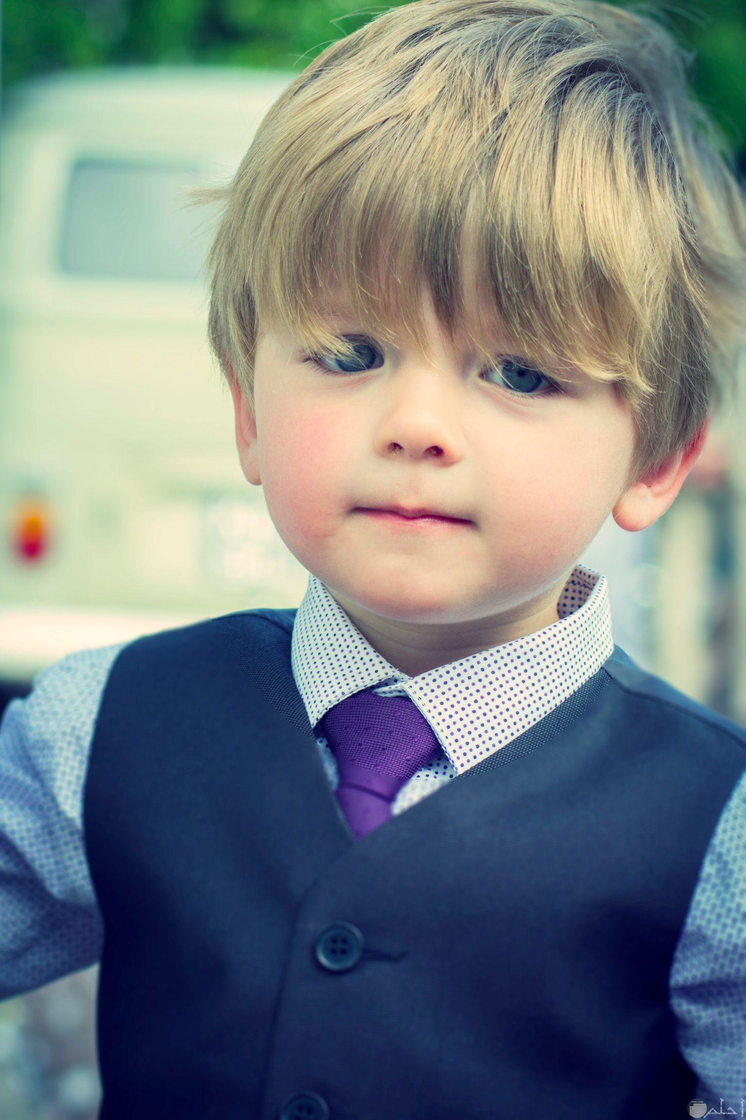 طفل رقيق