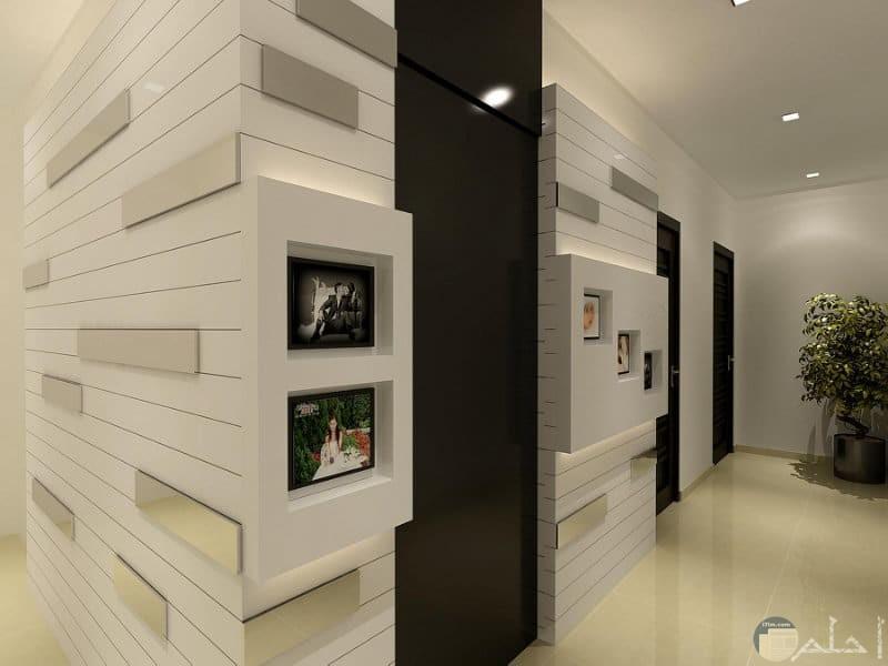 جبس بورد مميز في الحائط لوضع اللوحات والصور