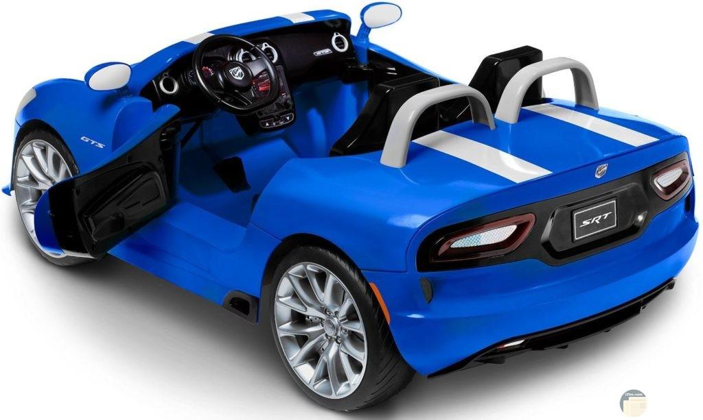 سيارة اطفال جميله زرقاء