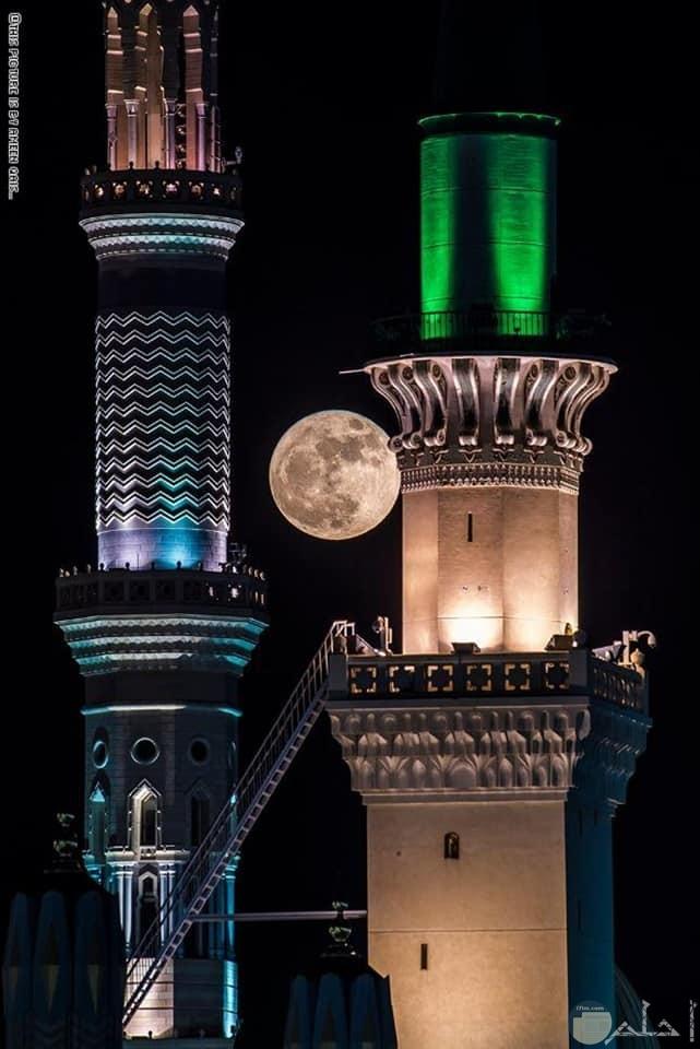 صورة مآذن احد مساجد السعودية