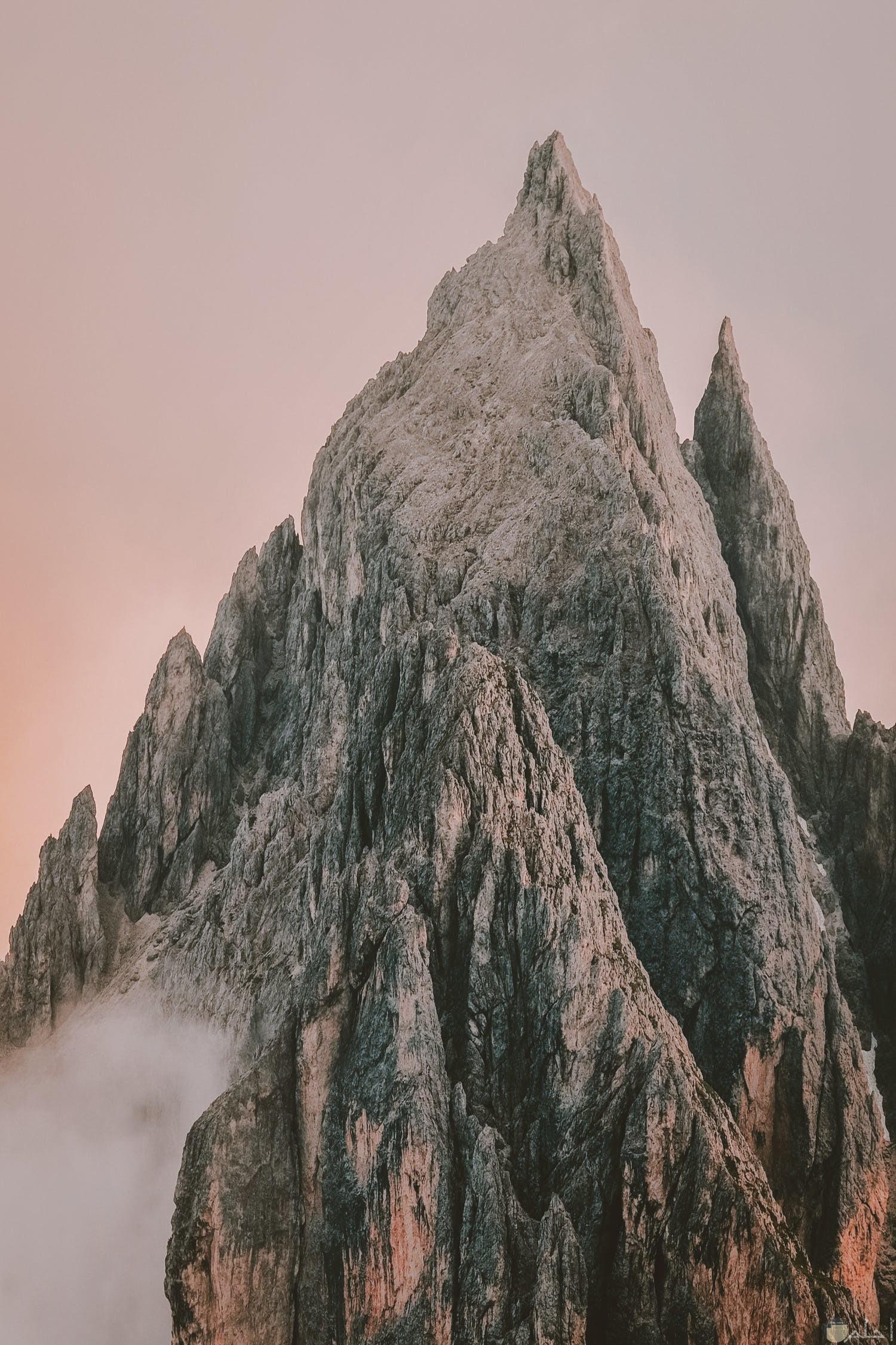 صوره طبيعيه لجبل عالي