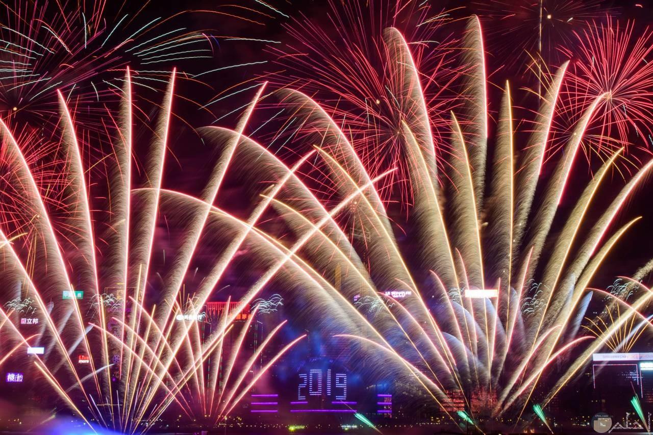 احتفالات عام 2019 بالالعاب النارية
