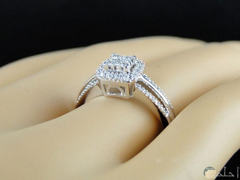 خاتم رائع الجمال