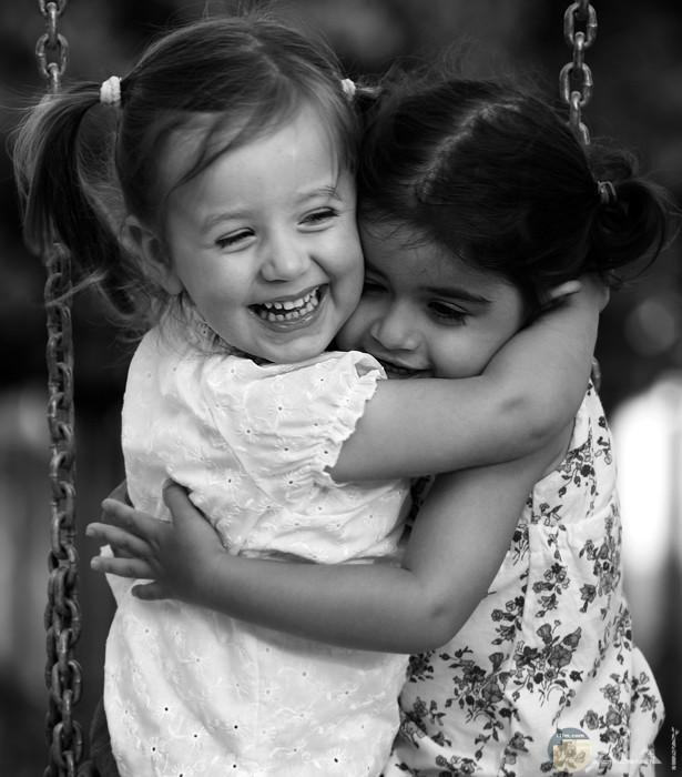 بنات اصدقاء اطفال عسل