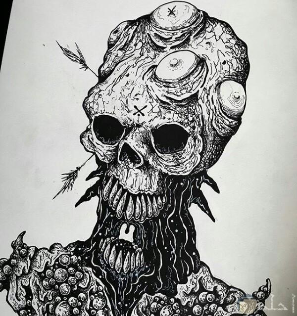 صورة رسمة مخيفة لأحد الرسامين عبارة عن كائن مرعب برأس مرعب جدا