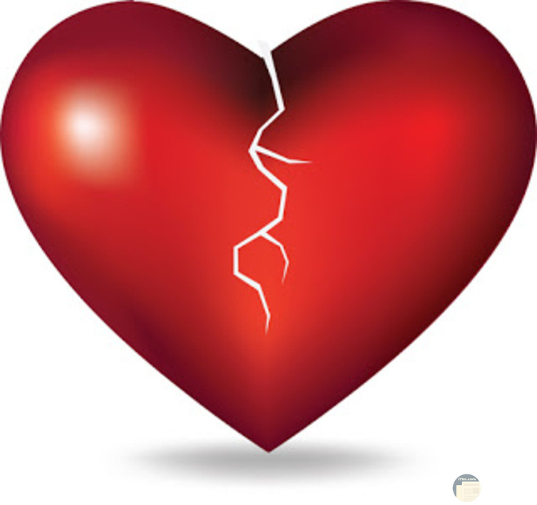 قلب احمر حزين مكسور