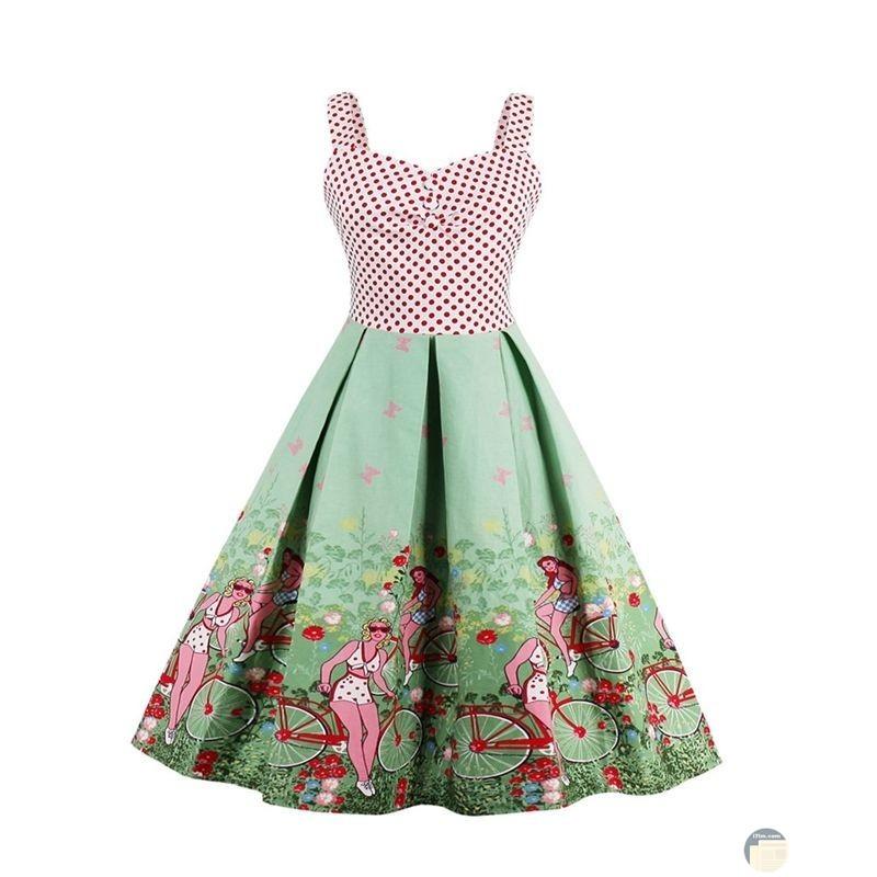 فستان لون مميز