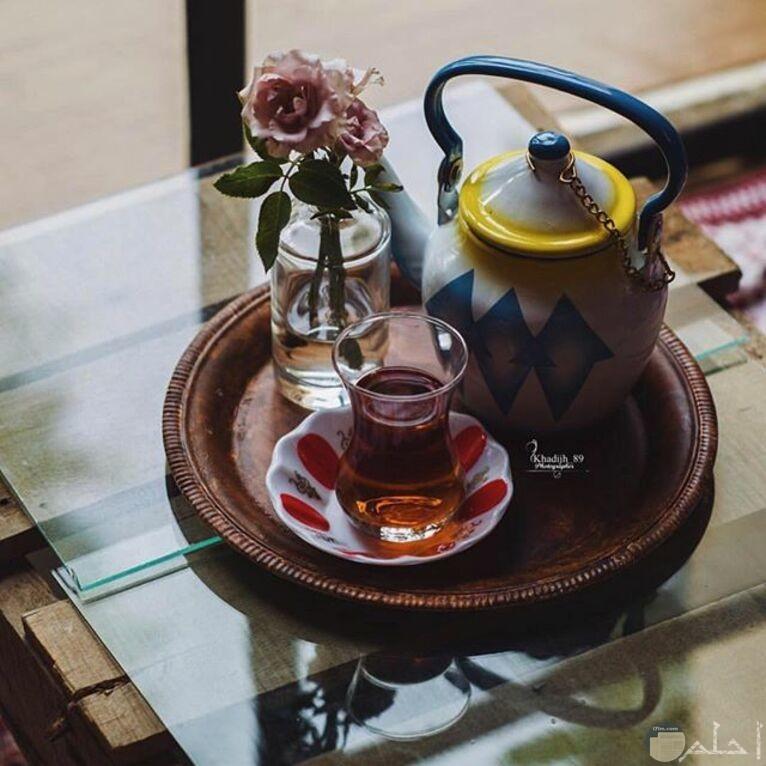 ذوق خاص في تناول الشاي