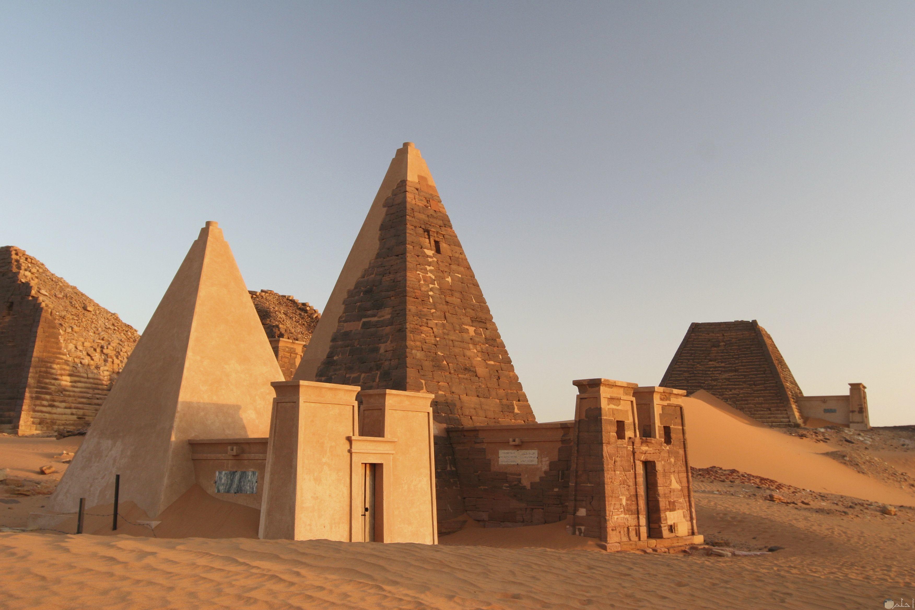 أهرامات مروى السودانية