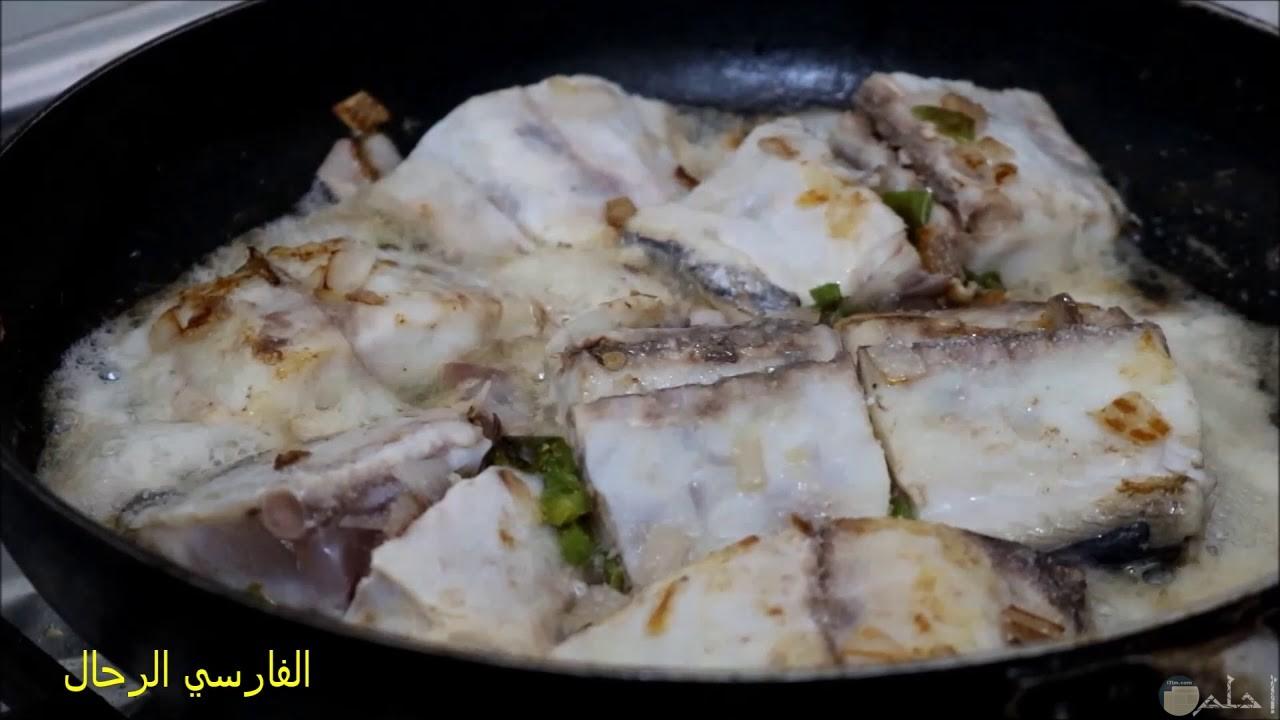 صور أكلات شعبية جيزانية المرسة والخبز الجيزاني وسمك المكش