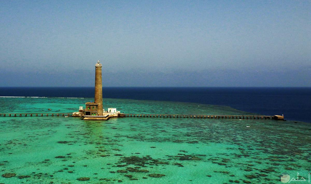 صورة رائعة لجزيرة سنقنيب