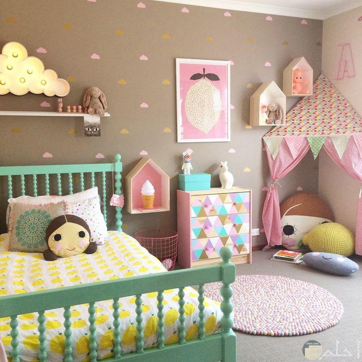 غرفة نوم بنات أخضر وروز