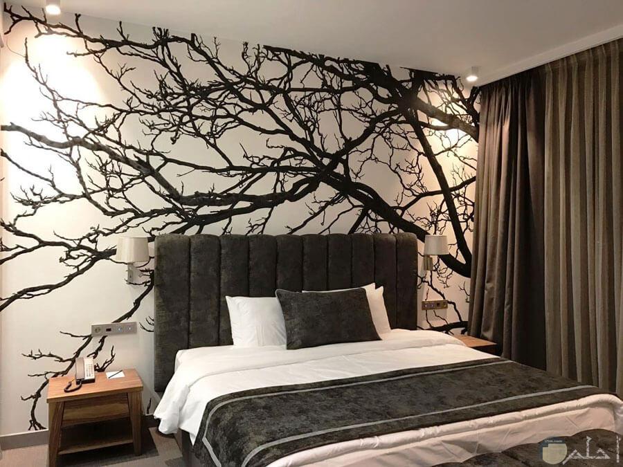 غرفة نوم بني وكريمي
