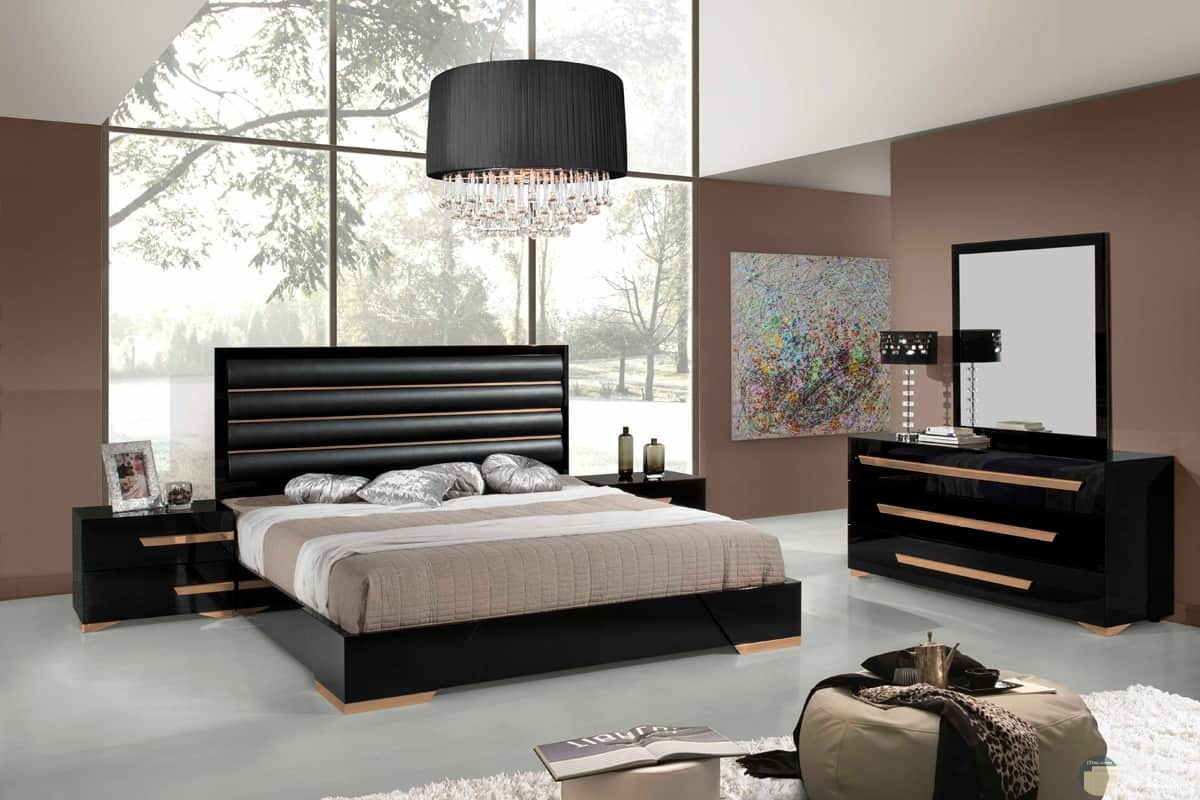 غرفة نوم مودرن بني وبيج