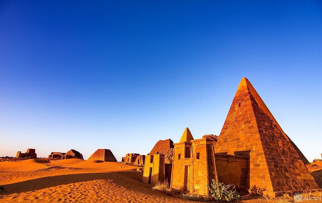 أهرامات مروى السودان
